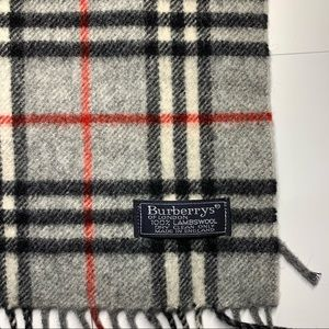 Vintage Authentic Burberrys 100% Lambswool Scarf